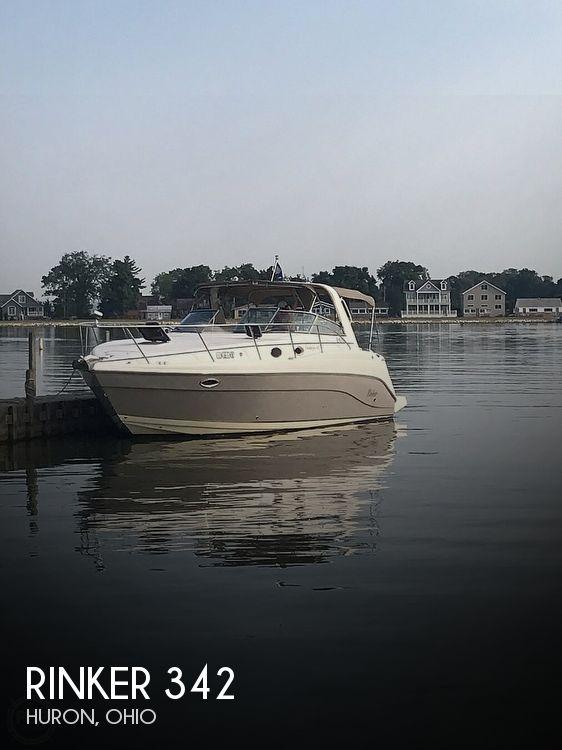 2005 Rinker boat for sale, model of the boat is 342 Fiesta Vee & Image # 1 of 40