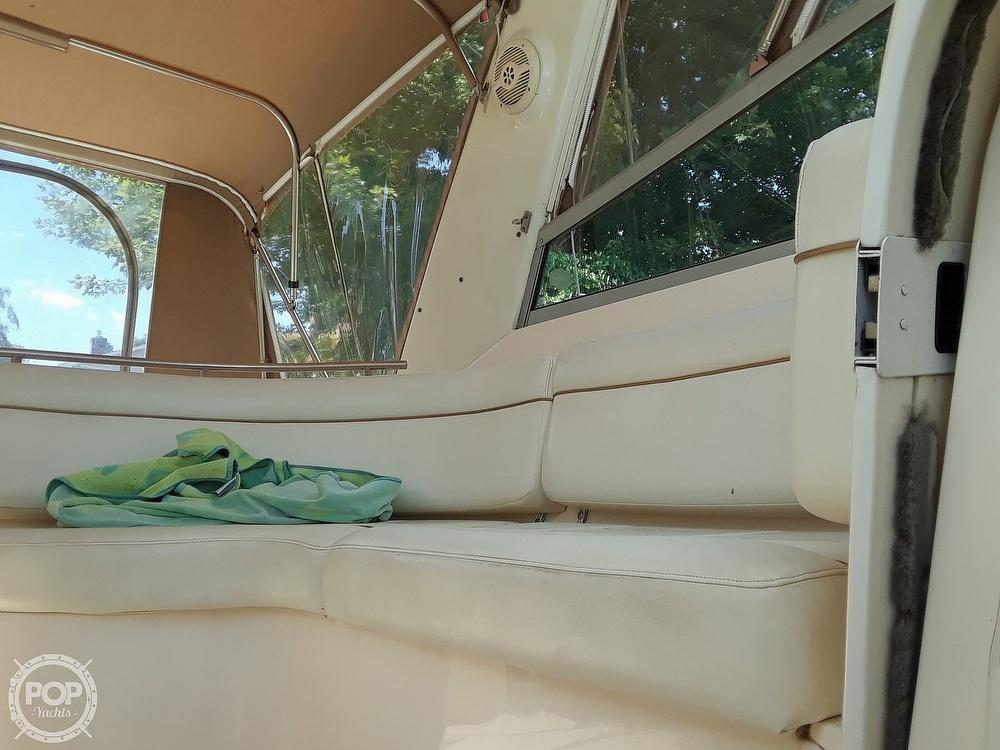 2005 Rinker boat for sale, model of the boat is 342 Fiesta Vee & Image # 14 of 40