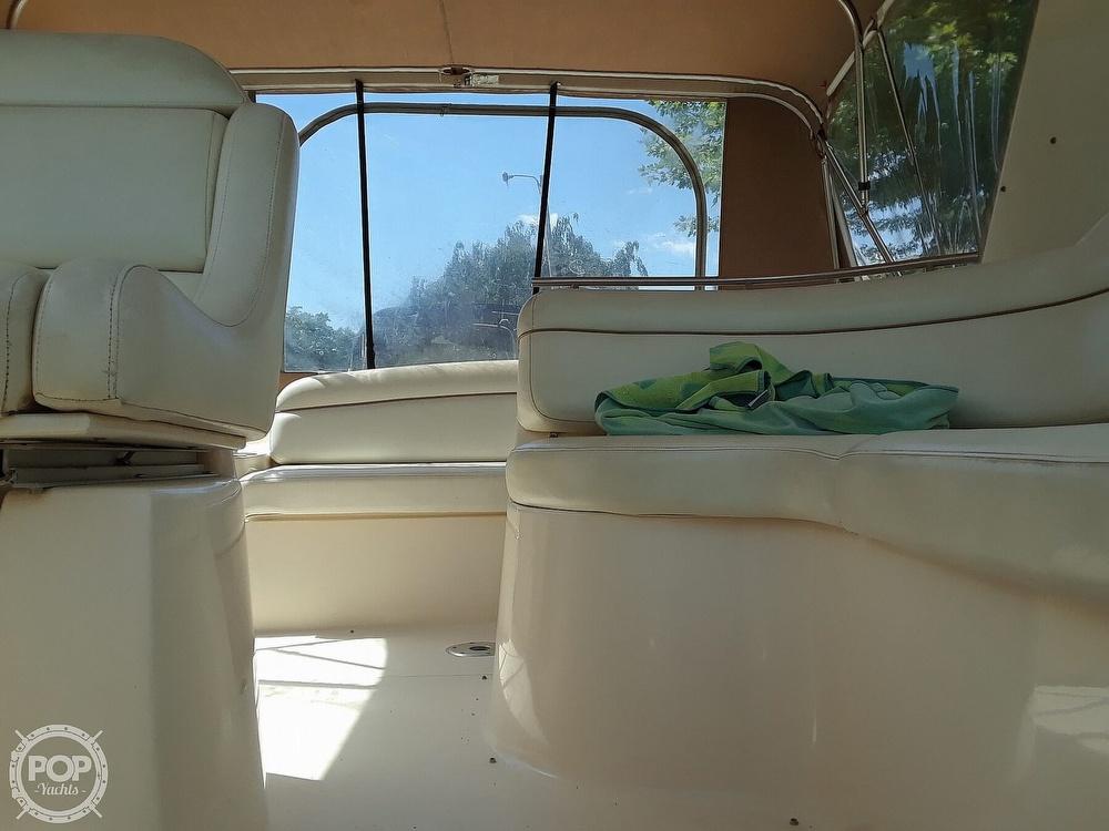 2005 Rinker boat for sale, model of the boat is 342 Fiesta Vee & Image # 15 of 40