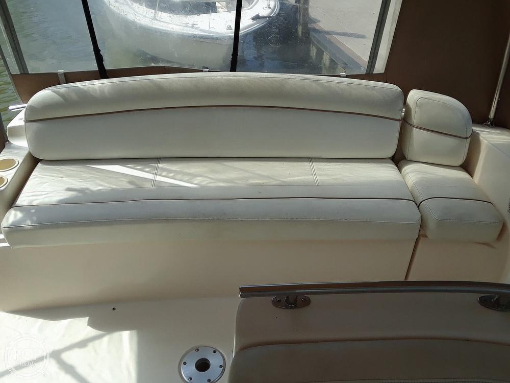 2005 Rinker boat for sale, model of the boat is 342 Fiesta Vee & Image # 17 of 40