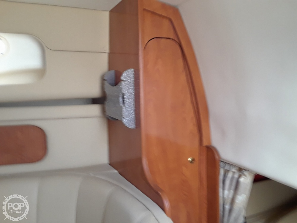 2005 Rinker boat for sale, model of the boat is 342 Fiesta Vee & Image # 27 of 40