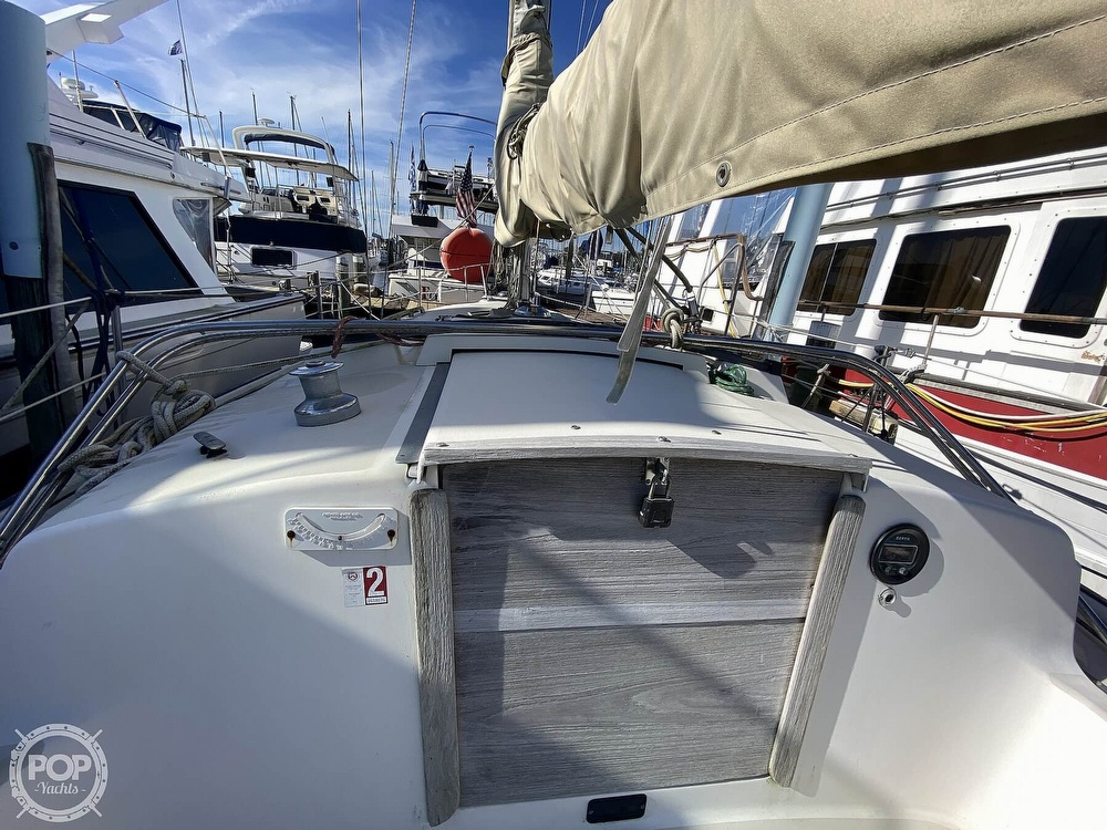 1984 Pearson boat for sale, model of the boat is 34 & Image # 34 of 40