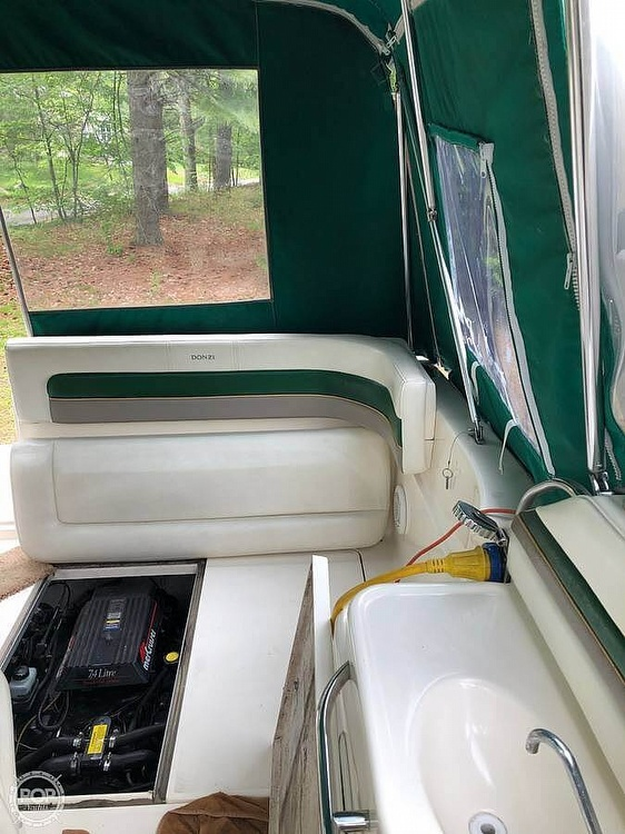 1997 Donzi boat for sale, model of the boat is 275LXC & Image # 3 of 40