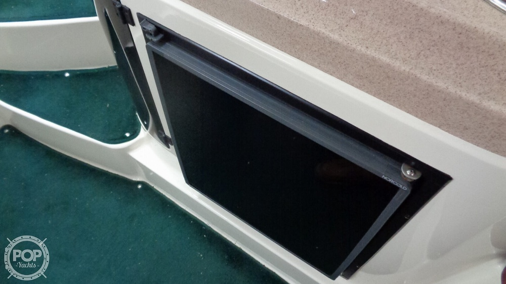 1997 Donzi boat for sale, model of the boat is 275LXC & Image # 33 of 40
