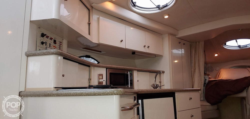2000 Maxum boat for sale, model of the boat is 3300 SCR & Image # 31 of 40