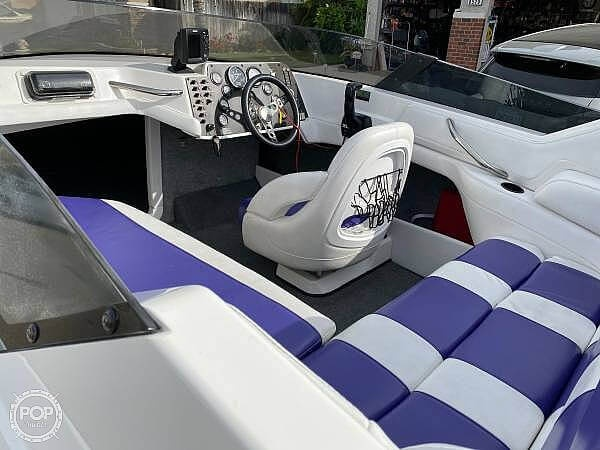1997 Fountain boat for sale, model of the boat is 24CS & Image # 13 of 41