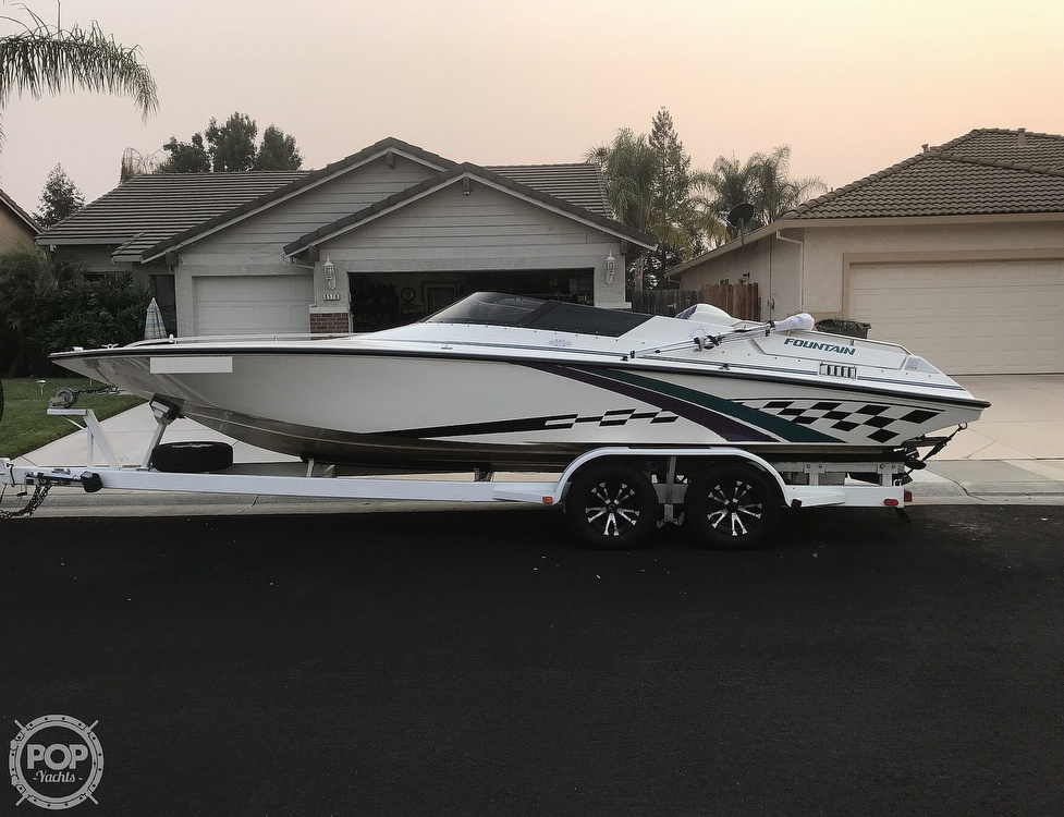 1997 Fountain boat for sale, model of the boat is 24CS & Image # 2 of 41