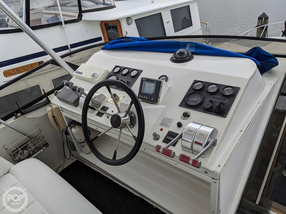 1997 Navigator boat for sale, model of the boat is Classic 50 & Image # 11 of 40