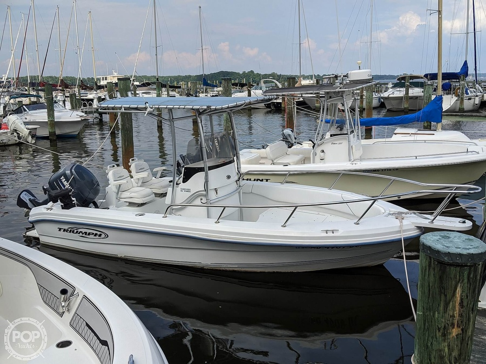 2006 Triumph boat for sale, model of the boat is 195 CC & Image # 2 of 40