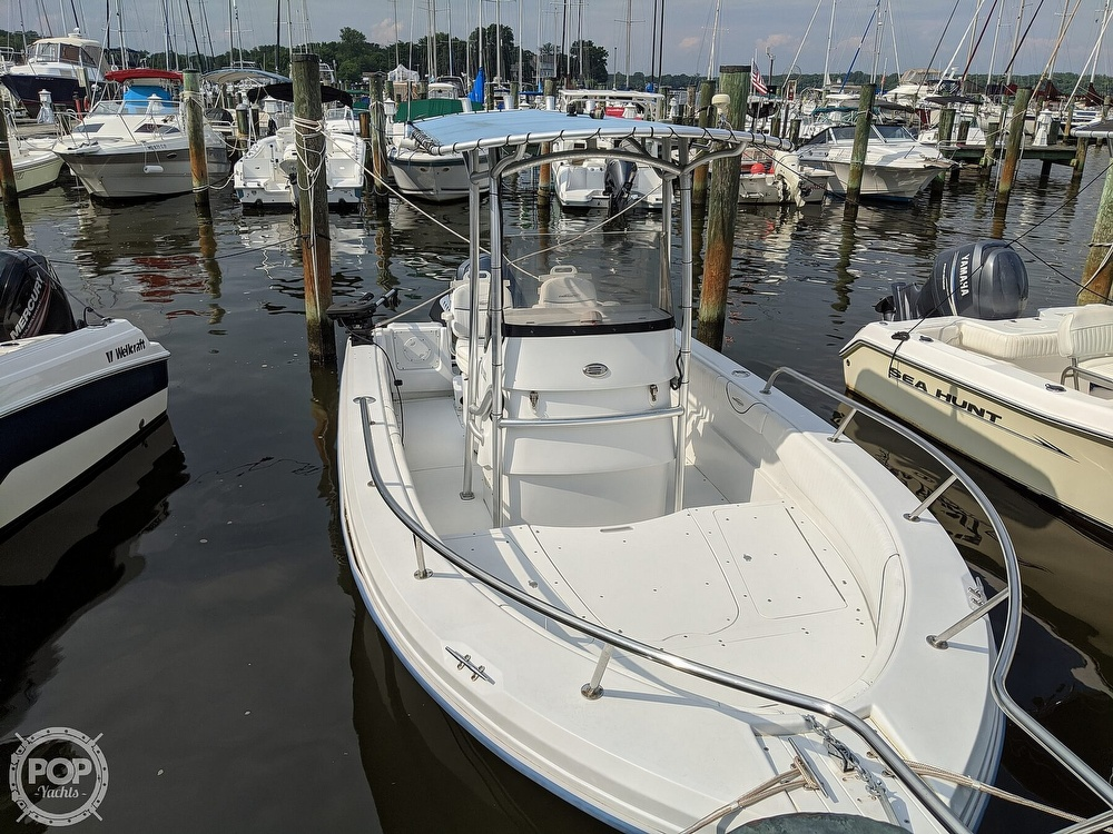 2006 Triumph boat for sale, model of the boat is 195 CC & Image # 3 of 40