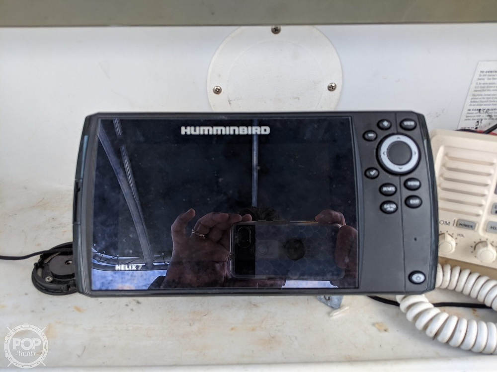 2006 Triumph boat for sale, model of the boat is 195 CC & Image # 11 of 40
