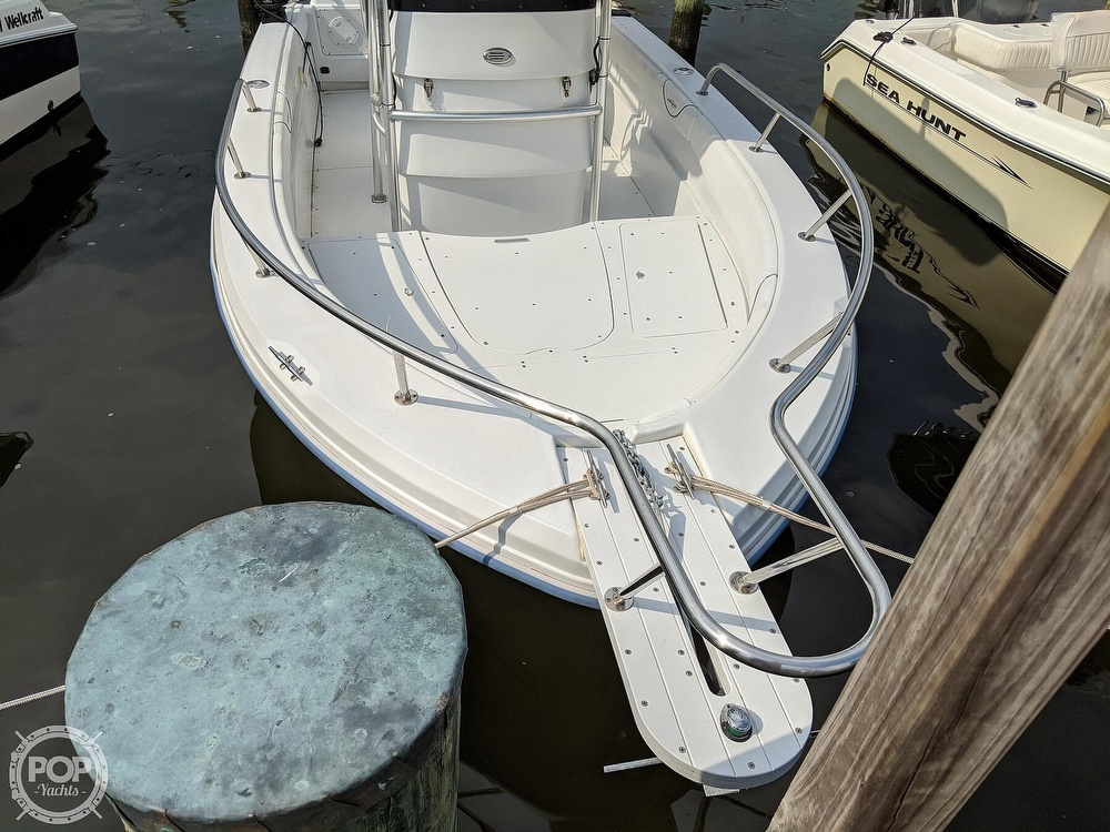 2006 Triumph boat for sale, model of the boat is 195 CC & Image # 13 of 40
