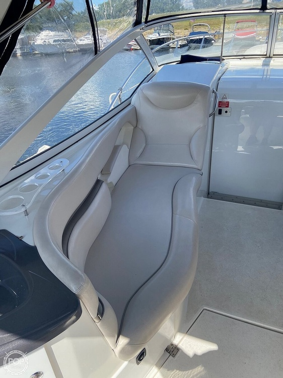 2004 Doral International boat for sale, model of the boat is 31 Intrigue & Image # 6 of 41