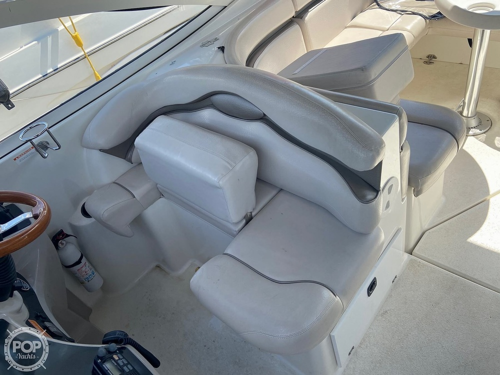 2004 Doral International boat for sale, model of the boat is 31 Intrigue & Image # 8 of 41