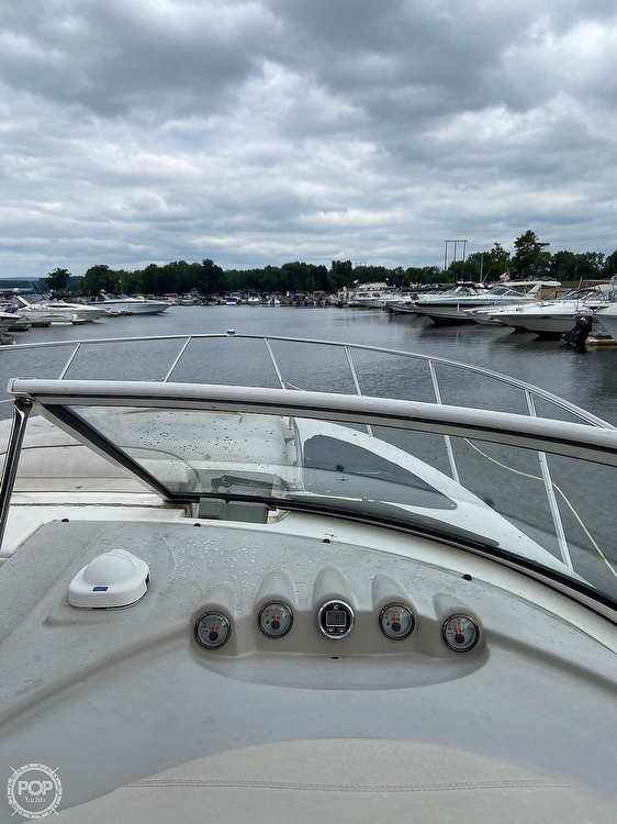 2004 Doral International boat for sale, model of the boat is 31 Intrigue & Image # 29 of 41