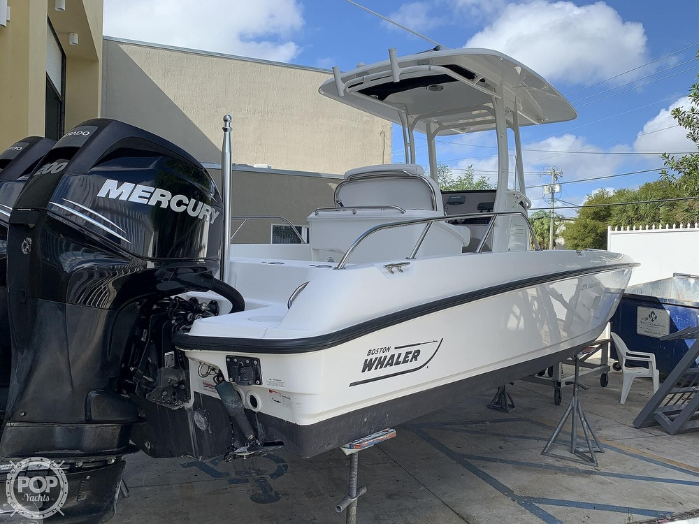 2013 Boston Whaler boat for sale, model of the boat is 270 Dauntless & Image # 13 of 40