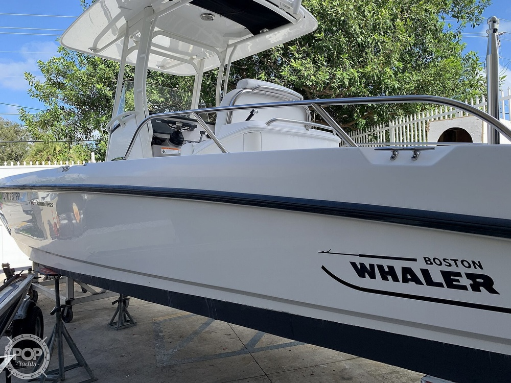 2013 Boston Whaler boat for sale, model of the boat is 270 Dauntless & Image # 6 of 40