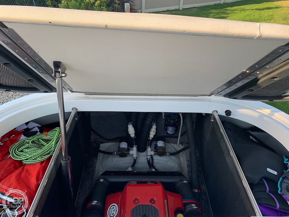 2007 MB Sports boat for sale, model of the boat is f23 tomcat & Image # 11 of 12