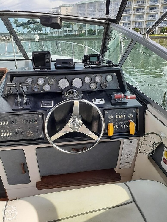 1986 Sea Ray boat for sale, model of the boat is 340 Express & Image # 4 of 40