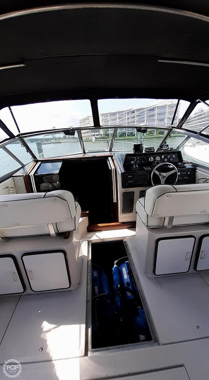 1986 Sea Ray boat for sale, model of the boat is 340 Express & Image # 10 of 40