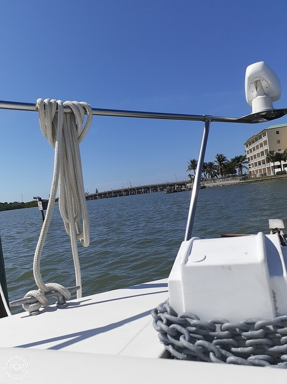 1986 Sea Ray boat for sale, model of the boat is 340 Express & Image # 16 of 40