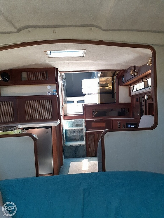 1986 Sea Ray boat for sale, model of the boat is 340 Express & Image # 19 of 40