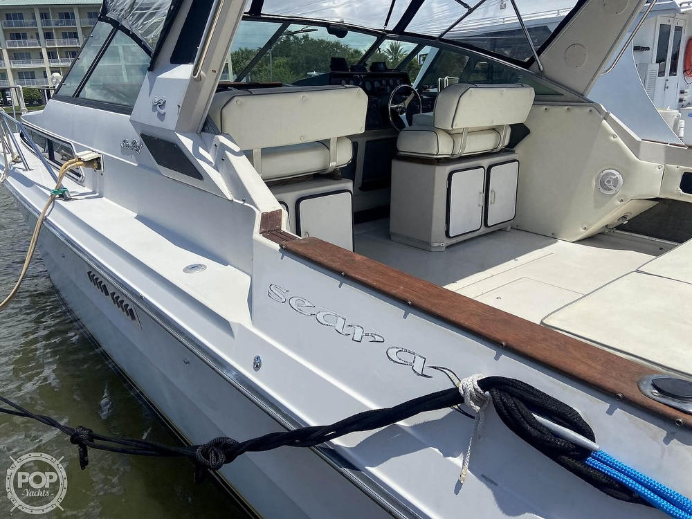 1986 Sea Ray boat for sale, model of the boat is 340 Express & Image # 23 of 40