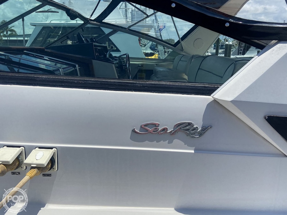 1986 Sea Ray boat for sale, model of the boat is 340 Express & Image # 32 of 40