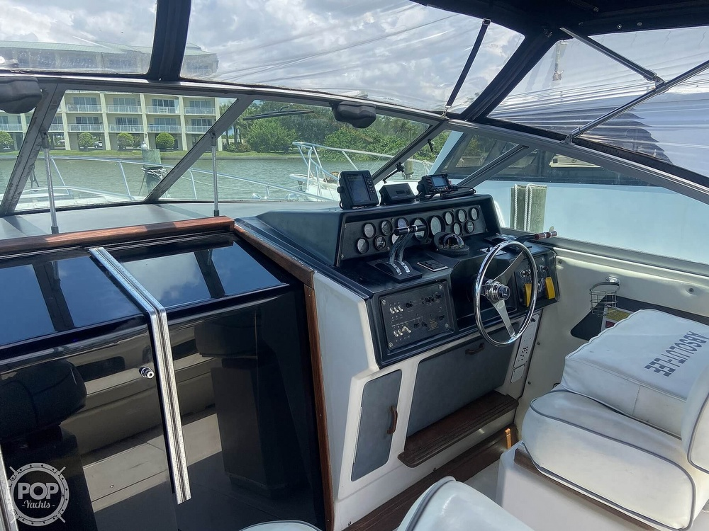 1986 Sea Ray boat for sale, model of the boat is 340 Express & Image # 37 of 40