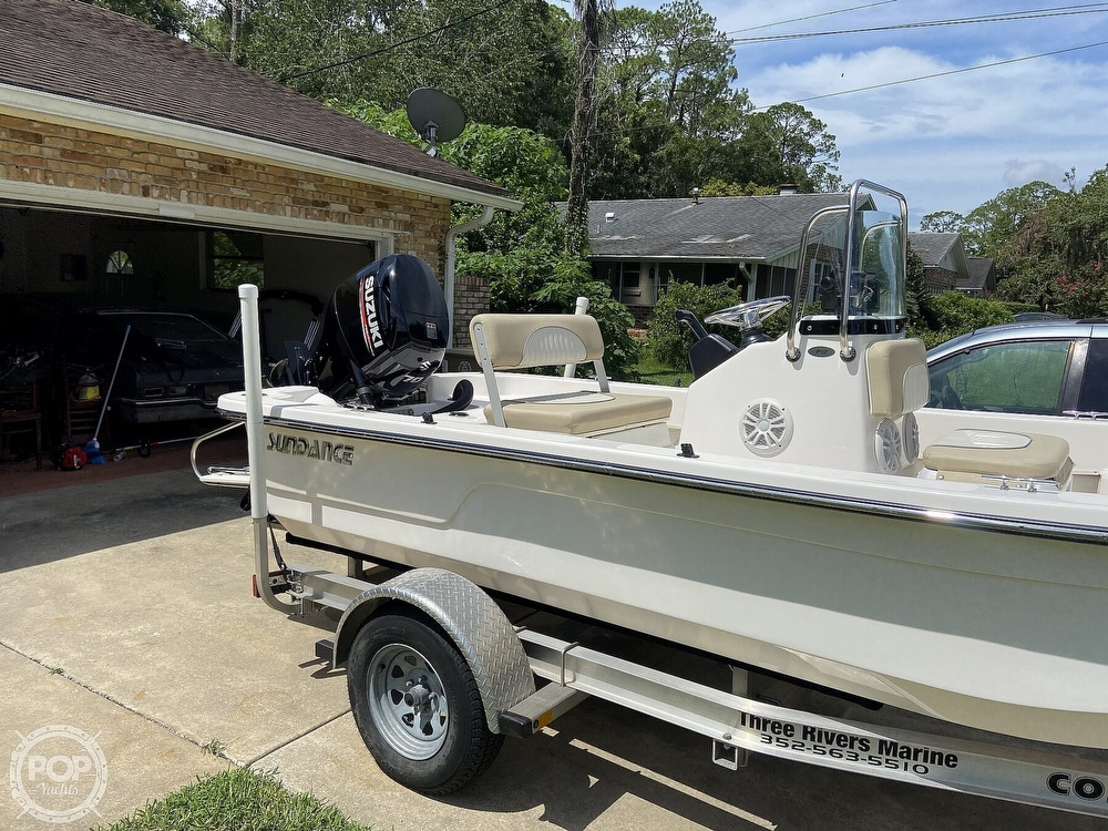 2019 Sundance boat for sale, model of the boat is F17CCR & Image # 2 of 41