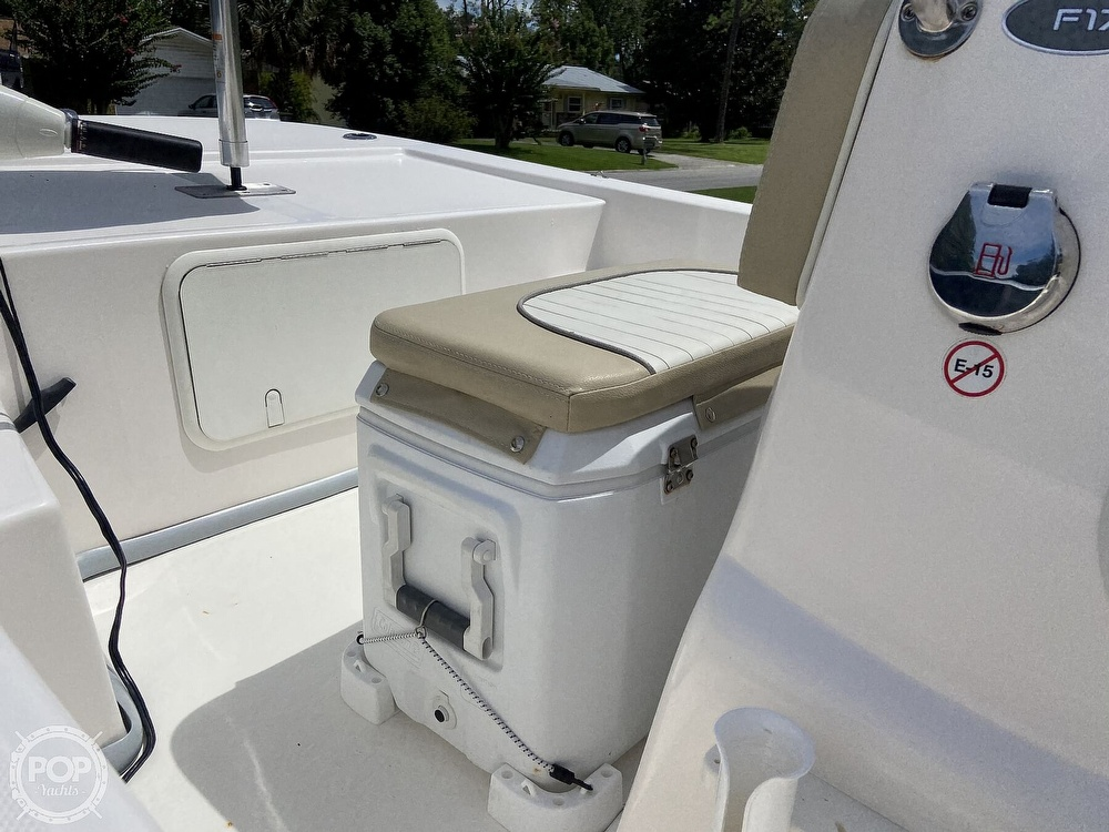 2019 Sundance boat for sale, model of the boat is F17CCR & Image # 18 of 41