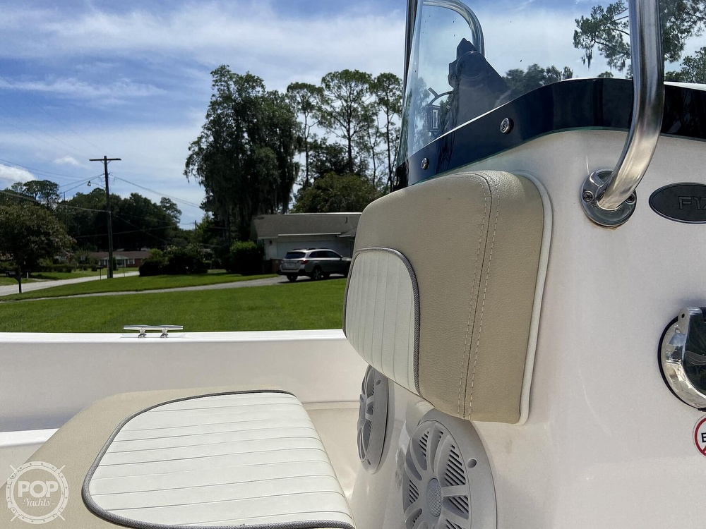 2019 Sundance boat for sale, model of the boat is F17CCR & Image # 25 of 41