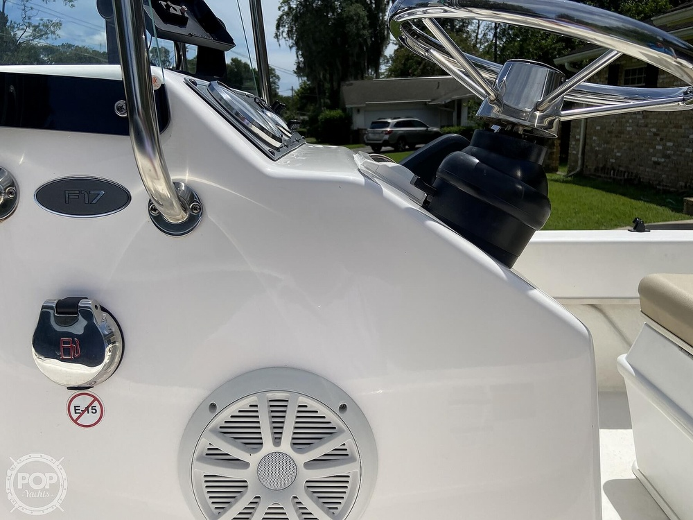 2019 Sundance boat for sale, model of the boat is F17CCR & Image # 27 of 41