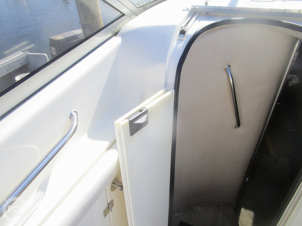 2003 Regal boat for sale, model of the boat is 2465 Commodore & Image # 34 of 41