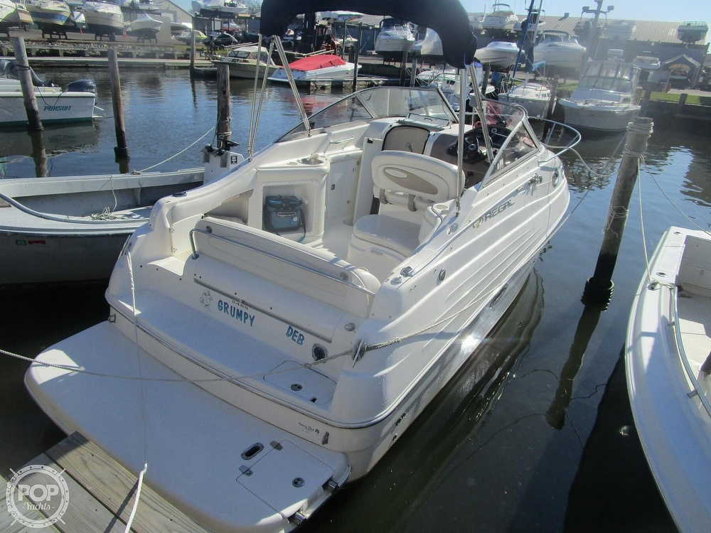 2003 Regal boat for sale, model of the boat is 2465 Commodore & Image # 2 of 41