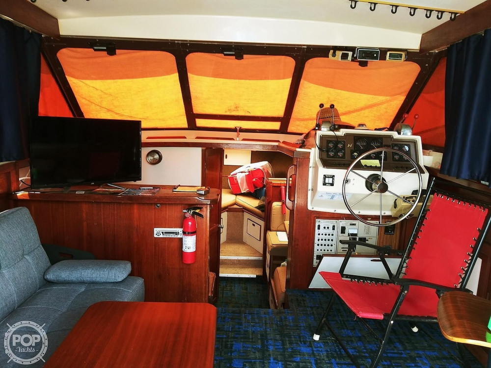 1984 Trojan boat for sale, model of the boat is F32 Convertible & Image # 6 of 40