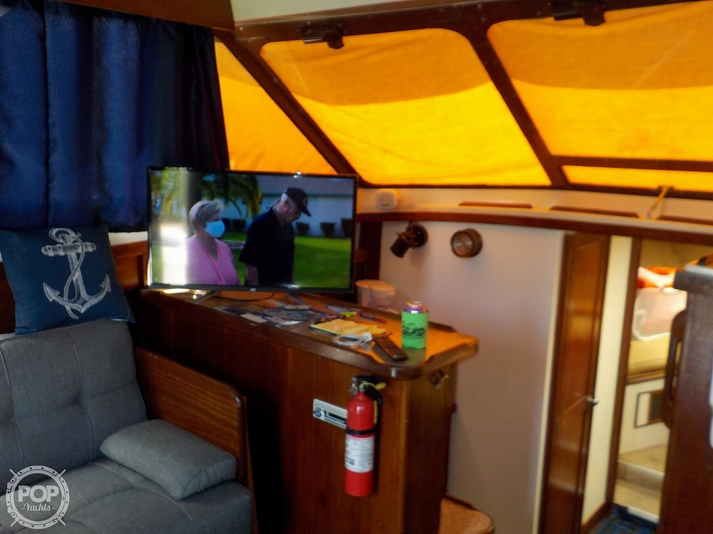 1984 Trojan boat for sale, model of the boat is F32 Convertible & Image # 19 of 40