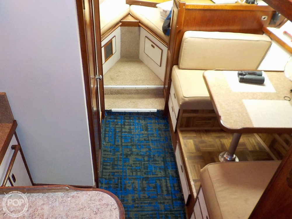 1984 Trojan boat for sale, model of the boat is F32 Convertible & Image # 21 of 40