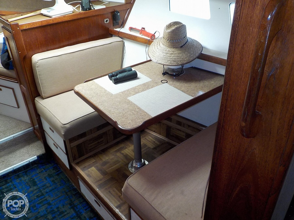 1984 Trojan boat for sale, model of the boat is F32 Convertible & Image # 23 of 40