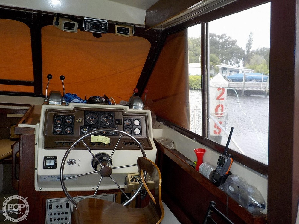 1984 Trojan boat for sale, model of the boat is F32 Convertible & Image # 29 of 40