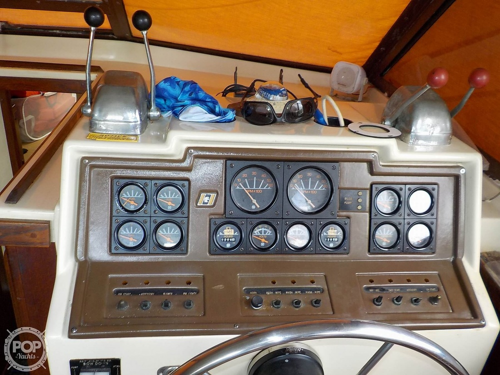 1984 Trojan boat for sale, model of the boat is F32 Convertible & Image # 31 of 40