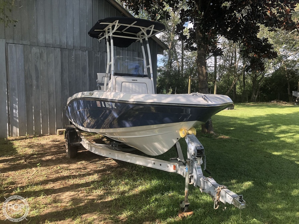 2018 Yamaha boat for sale, model of the boat is 190 FSH Sport & Image # 2 of 41