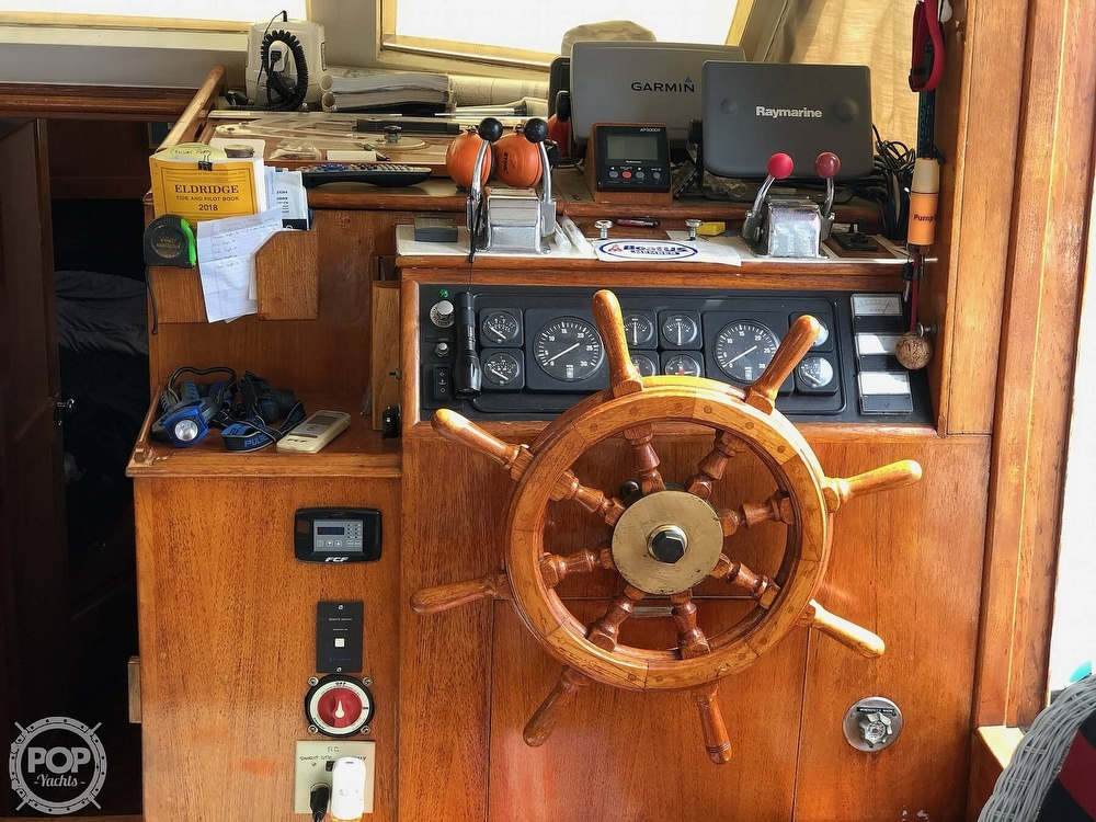 1980 Island Gypsy boat for sale, model of the boat is 36 Aft Cabin & Image # 6 of 40