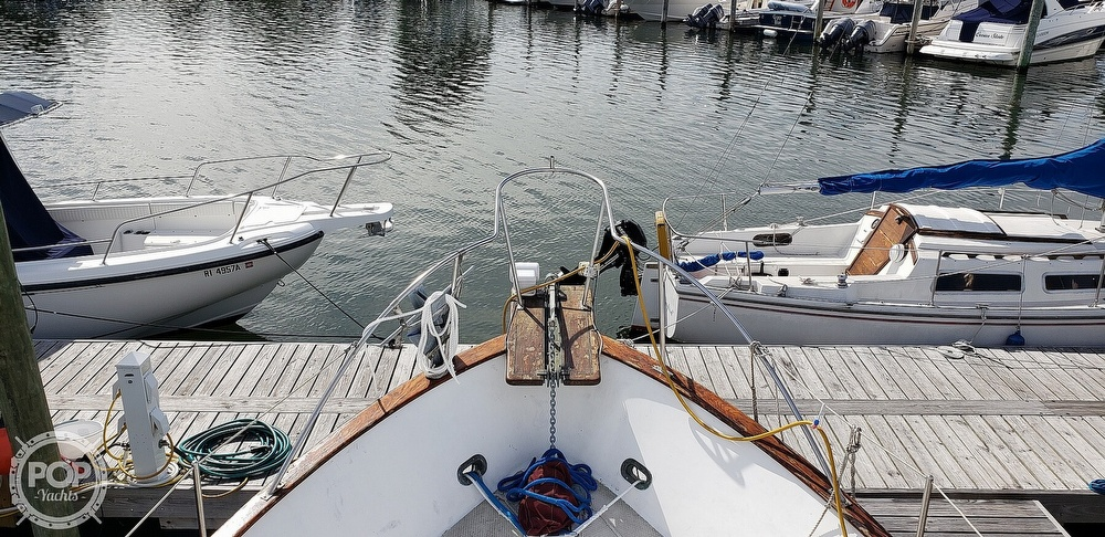 1980 Island Gypsy boat for sale, model of the boat is 36 Aft Cabin & Image # 24 of 40