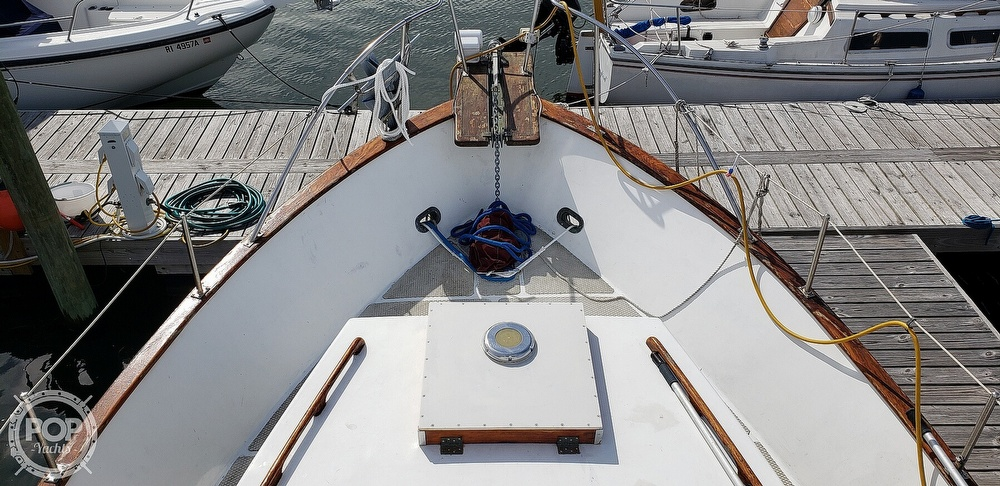 1980 Island Gypsy boat for sale, model of the boat is 36 Aft Cabin & Image # 26 of 40