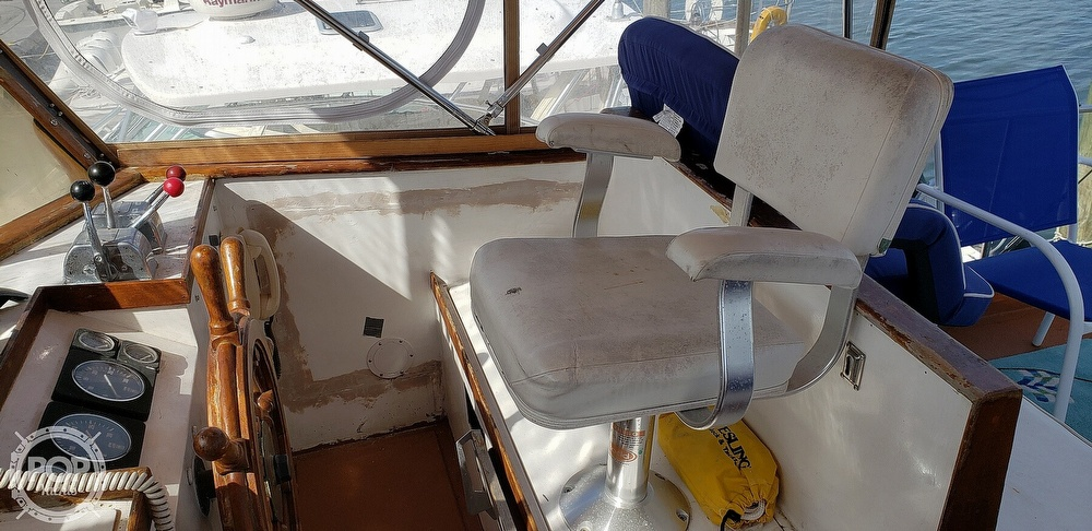 1980 Island Gypsy boat for sale, model of the boat is 36 Aft Cabin & Image # 27 of 40