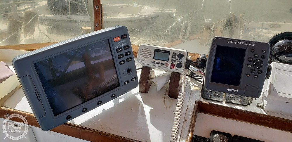 1980 Island Gypsy boat for sale, model of the boat is 36 Aft Cabin & Image # 35 of 40