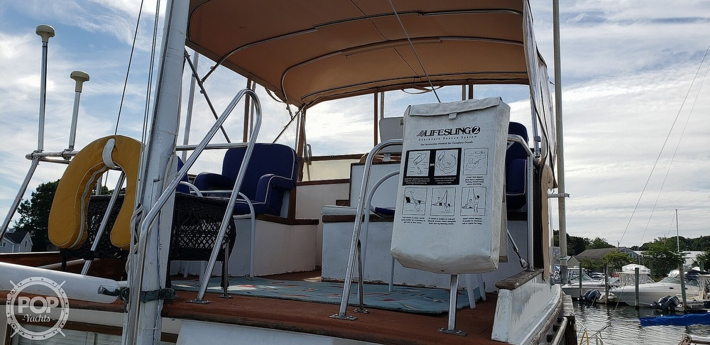 1980 Island Gypsy boat for sale, model of the boat is 36 Aft Cabin & Image # 16 of 40
