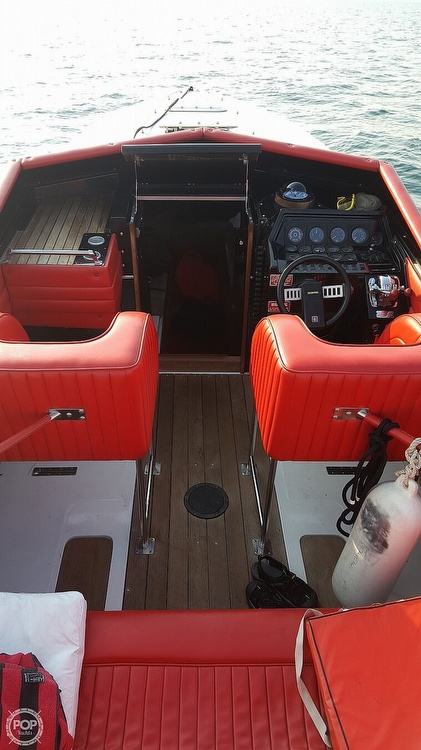 1986 Scarab boat for sale, model of the boat is Panther 30 & Image # 12 of 40