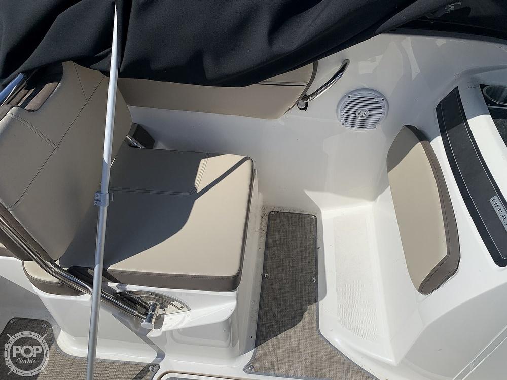 2017 Bayliner boat for sale, model of the boat is Vr5 & Image # 36 of 41